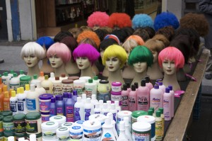 Wigs_and_hair_colour
